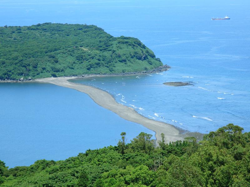 知林ヶ島-Đảo Chuông-hòn đảo  xinh đẹp không người