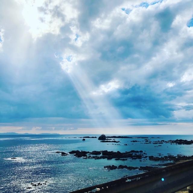 USHINOHAMAEKI – Ga có view biển siêu đẹp